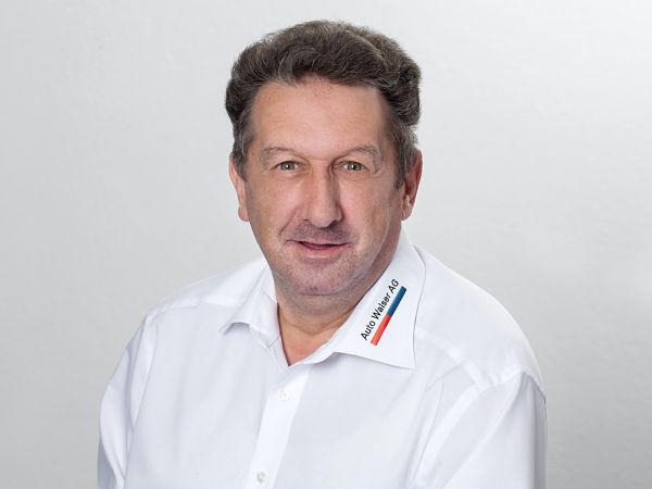Kurt Moser : Ersatzteillagerist