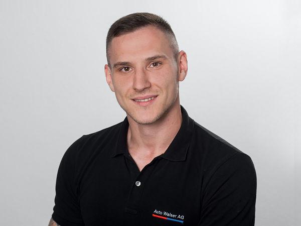 Mladen Petrovic : Serviceberater
